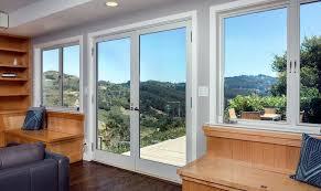 Différence entre fenêtre et porte fenêtre
